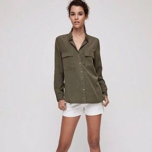✨2 for $60✨Aritzia Babaton green silk blouse xs